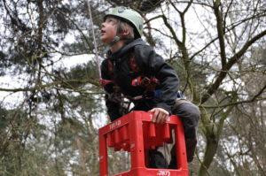 Wildnis Familie Vater klettern