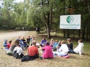 Wildnis-Familien-Kinder