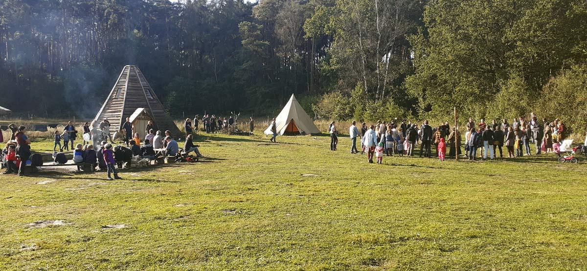 Wildnisschule-Hoher-Flaeming-Der-Zinken-Herbstfest